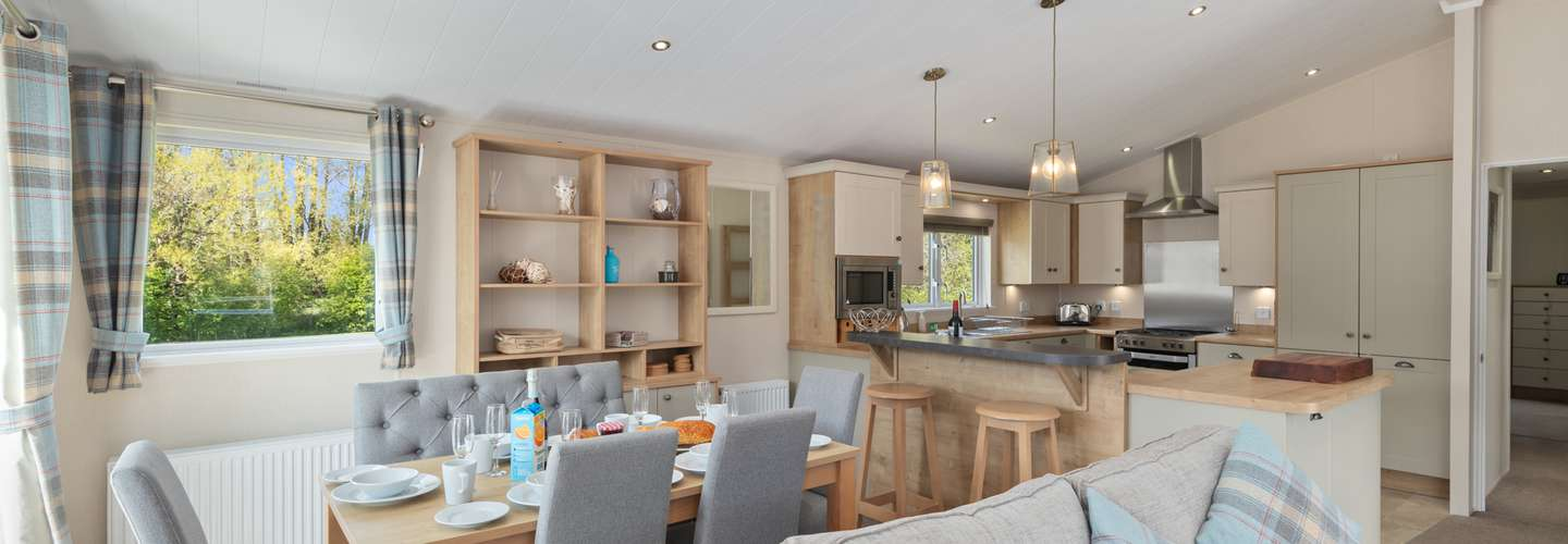 St Mary's View - Luxury Lodge, Short Walk to Beach, Parking - Luxury Lodge, Short Walk to Beach, Parking