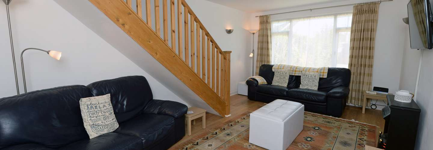 Rose May - Peaceful Cottage with Parking - Saundersfoot Cottage