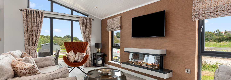 Ael-Y-Bryn - Luxury Lodge, Hot Tub, Three En-Suite Bedrooms - Luxury Lodge, Hot Tub, Pet Friendly