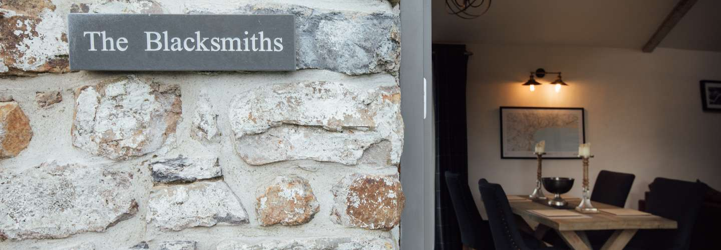 The Blacksmiths - Luxury Cottage, Countryside Views, Pet Friendly - blacksmiths