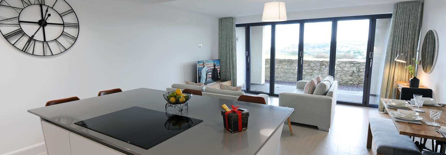 Apartment 2 Waterstone House - Luxury Sea View Apartment - kitchen