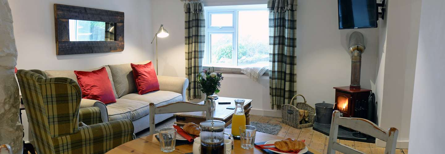 The Cwtch - Luxury Cottage, Sea Views, Pet Friendly - The Cwtch - Luxury Cottage, Sea Views, Pet Friendly