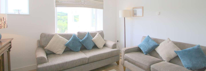 Gull Cottage - Near to Beach, Pet Friendly - lounge2