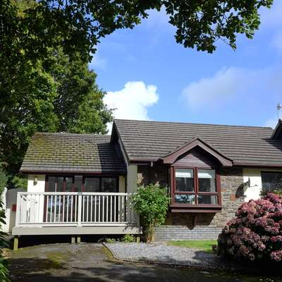Valley Retreat - Peaceful Location, Walk to Beach, Parking - Saundersfoot Cottage, Pembrokeshire