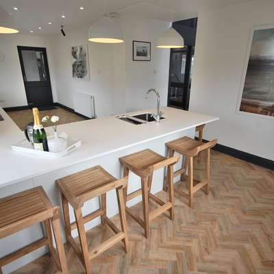 Highwood House - Luxury Cottage, Hot Tub, Sea Views - Kitchen